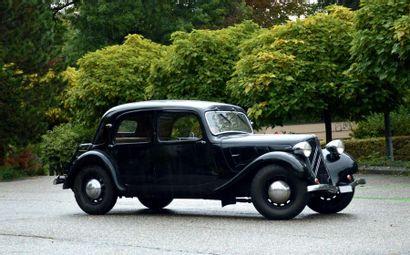 1936 CITROËN TRACTION 7C *Dans la même famille depuis 30 ans Bien accessoirisée...