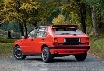 1989 LANCIA DELTA HF INTEGRALE 16 V Voiture mythique Performances de voiture de rallye...