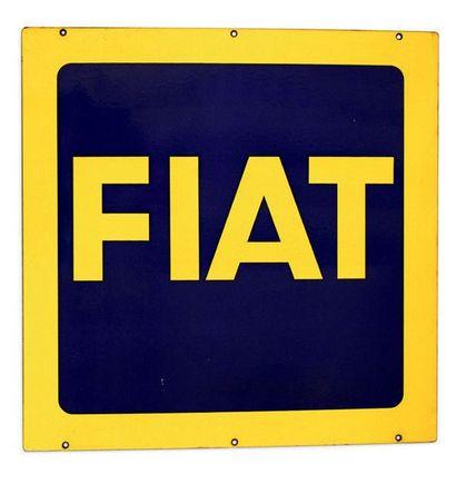 FIAT Plaque en tôle émaillée double face Très bon état Dim: 80 X 80 cm environ
