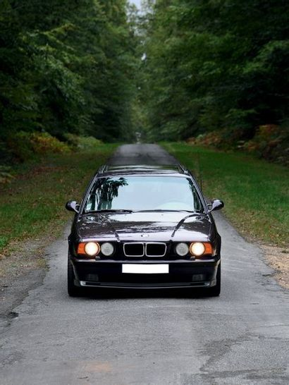 1995 BMW M5 EVO TOURING INDIVIDUAL Seulement 209 exemplaires Touring EVO en boite...