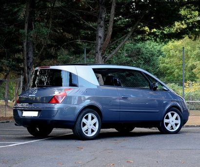 2001 RENAULT AVANTIME V6 Ancienne voiture de démonstration Un des premiers exemplaires...