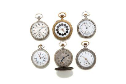 LOT de 6 montres Fonds ornés de décors en...