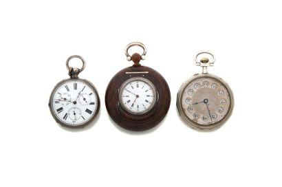 LOT de 3 montres de poche fin 19e. Tabatière...