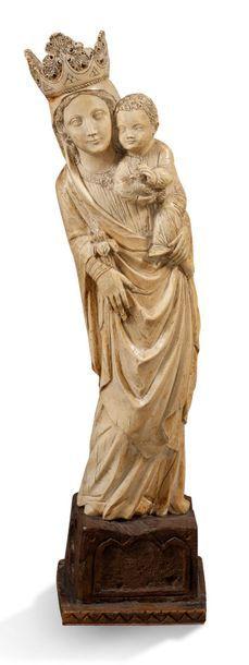 GRANDE VIERGE À L'ENFANT sculpture en ivoire....
