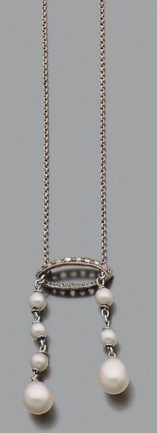 """Collier """"négligé"""" Diamants taillés en rose et chutes de perles supposées fines (non..."""