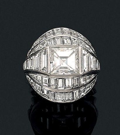 Bague «chevalière diamants» Diamant carré...