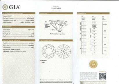 Diamant de taille brillant Accompagné d'un certificat GIA 6204536559 attestant:...