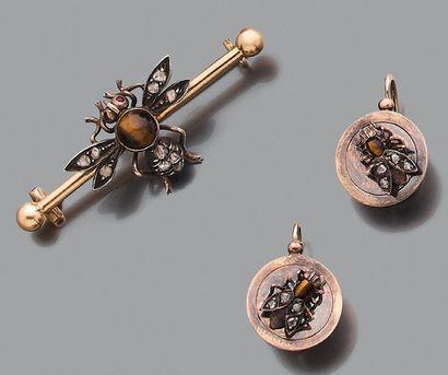 """Ensemble """"Insecte"""" Broche et paire de dormeuses, Diamants taillés en rose, oeil..."""