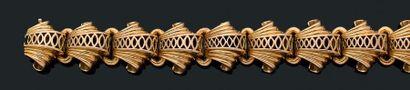 Bracelet Or jaune 18k (750). Vers 1940. L.:...