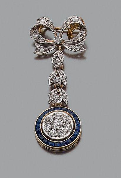 """Broche """"noeud"""" Diamants de taille ancienne et taille rose, pierres bleues, or 18k..."""