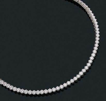 Collier «rivière de diamants» Ligne de diamants...