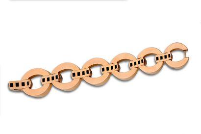 Bracelet Maillons ovales, ligne de diamants, or rose et gris 18k (750). Vers 1940....