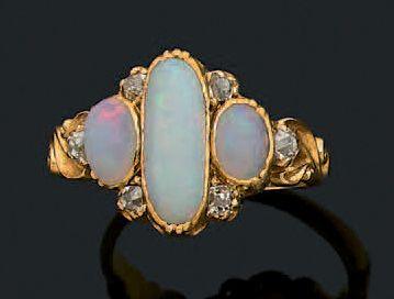 Bague Opales, diamants de taille ancienne,...