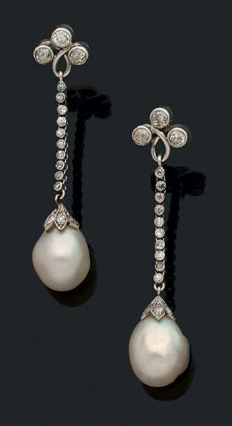 Perles fines Paire de pendants d'oreilles...