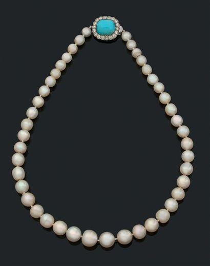 Perles fines Collier de 43 perles fines en...