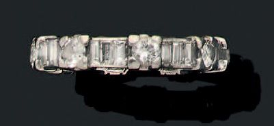Alliance Diamants de taille brillant et baguettes,...