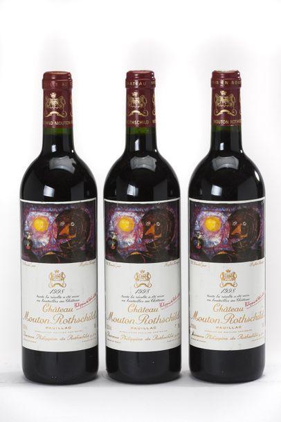 3 blles Château Mouton-Rothschild - 1998...