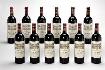 12 blles Château La Louvière - 2001 - Pessac...
