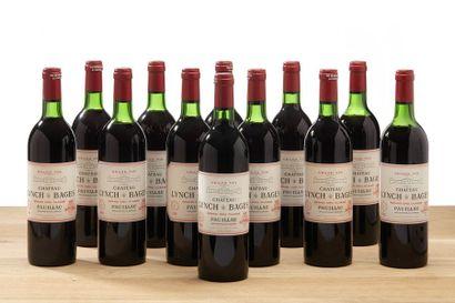 12 blles Château Lynch-Bages - 1982 - Pauillac...