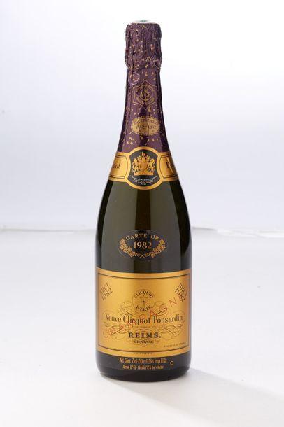 1 blle Champagne Carte d'or - 1982 - Veuve...