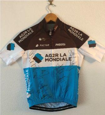 1 maillot cycliste AG2R La Mondiale, dédicacé...
