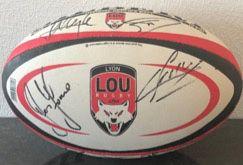 1 maillot de rugby signé des joueurs du LOU – Lyon Olympique Universitaire  + 1...