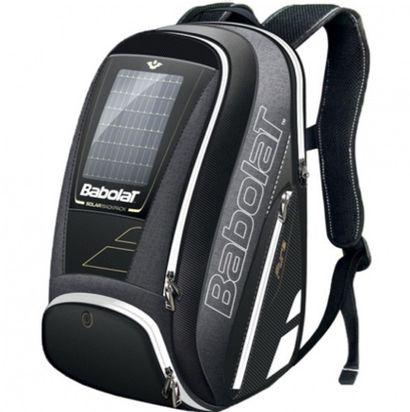 1 bracelet connecté POP Roland Garros pour améliorer son jeu  + un sac solaire BABOLAT...