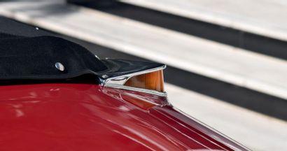 1963 – Citroën DS 19 Cabriolet Rare version équipée de la boite manuelle Certificat...