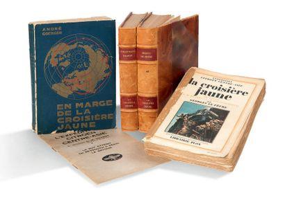 LA CROISIÈRE JAUNE Important lot de livres, cartes, brochures et invitations ayant...