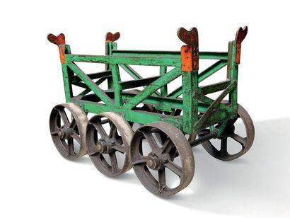 CITROËN Chariot de convoyage des barres métalliques...