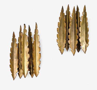 SVEND AAGE HOLM SORENSEN (1913-2004) Paire d'appliques Laiton 54 x 30 x 16 cm. Circa...