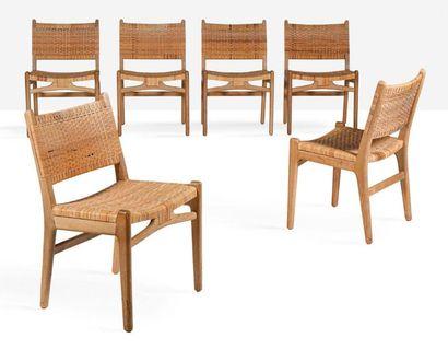 HANS J WEGNER (1914-2007) Suite de 6 chaises dites CH31 Chêne, cannage 80 x 50 x...
