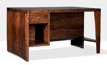 Pierre Jeanneret (1896-1967) Bureau Teck, cuir 72 x 122 x 84 cm. Circa 1957 Provenance:...
