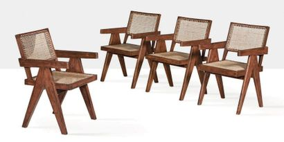 Pierre Jeanneret (1896-1967) Suite de 4 fauteuils dits Office chair Moelle de rotin,...