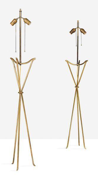 JEAN-MICHEL FRANK (1895-1941) Paire de lampadaires Laiton H.: 140 cm. Circa 1940...
