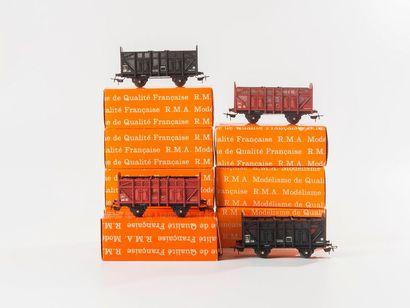 RMA: 11 boites de wagons à construire, réf. 1610 – 1612 – 1613 – 1614 – 1615 –...