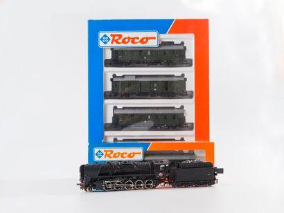 """ROCO """"HO"""" : Coffret de 4 voitures DR, réf. 44025.  - Loco-tender 030 T SNCF, réf...."""