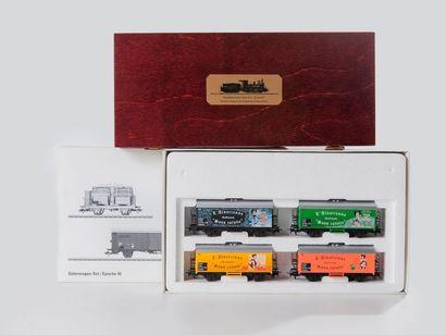 MARKLIN «HO»: Jeu de wagons SNCF vers 1955, réf. 47892.  - Jeu de wagons «L'ALSACIENNE»...