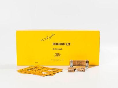 J.C.R.: Lot de kits à monter dont locomotive...
