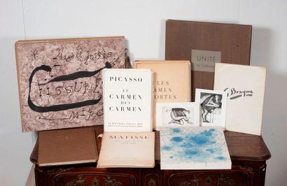Lot de volumes illustres modernes incomp...