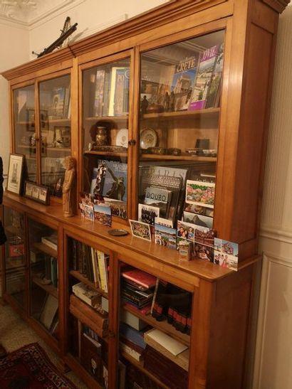 Lot de livres, reliure cuir.  XIXe siècle...