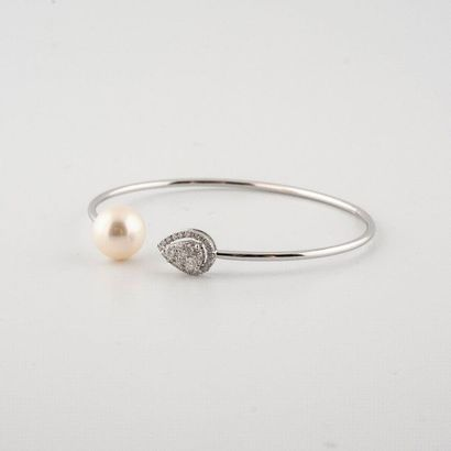 Bracelet jonc ouvert en or blanc 18K (750°/00)...