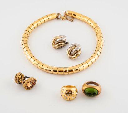 Ensemble de bijoux couture en métal et métal...