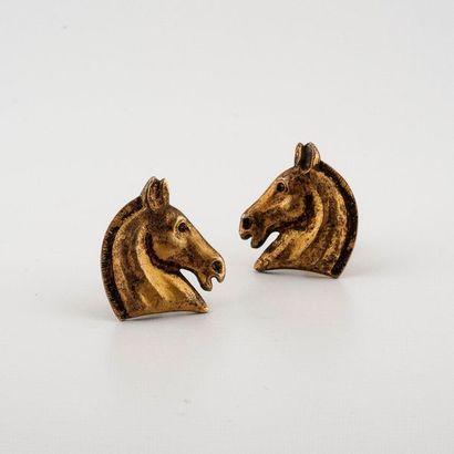 Hermès Paris. Paire de boucles d'oreilles...