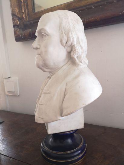 D'après Jean-Jacques CAFFIERI (1725-1792)  Buste de Benjamin Franklin  Biscuit de...