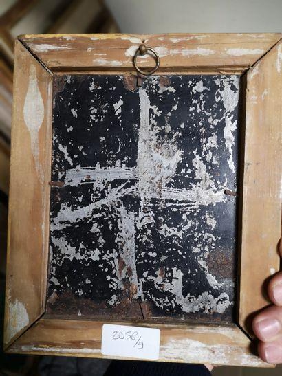 Ecole du XIXe siècle  Odalisque  Huile sur métal.  16,5 x 13 cm  (En l'état)