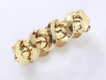 Beau bracelet tank en or 750 millièmes composé...