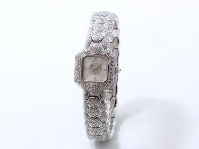 PIAGET  Montre bracelet de dame en or gris...
