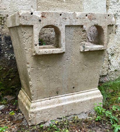 Potager en pierre monolithe à 3 feux.  Charentes....