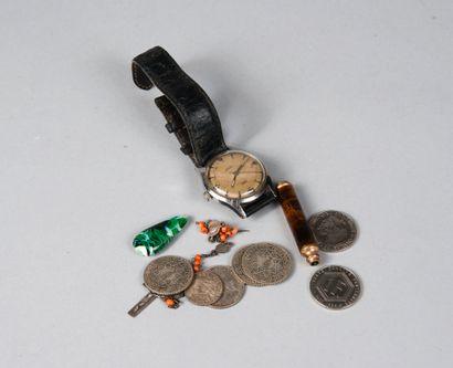 Lot divers dont pièces de monnaie, porte-mine...